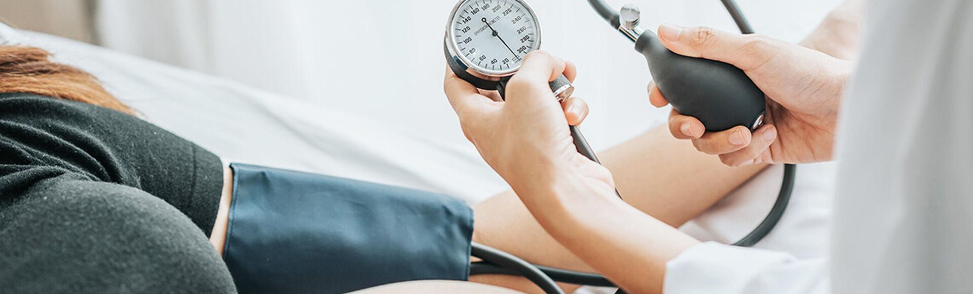Presión arterial ideal durante tu embarazo    Más Abrazos by Huggies