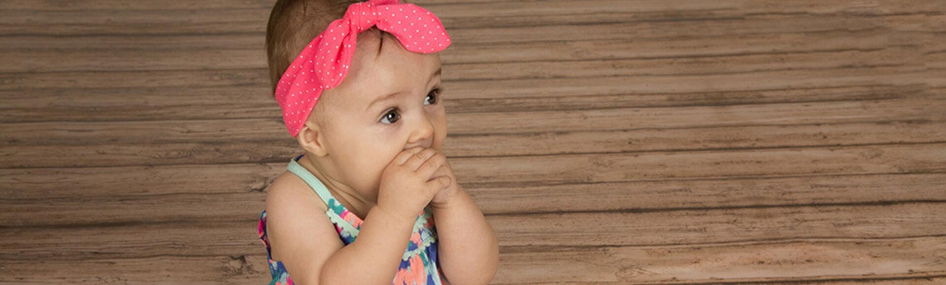 Frutas y alimentos buenos para los dientes de tu bebé | Más Abrazos by Huggies