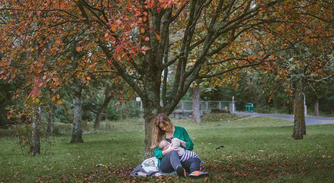 Por qué la lactancia materna es buena para ti y tu bebé